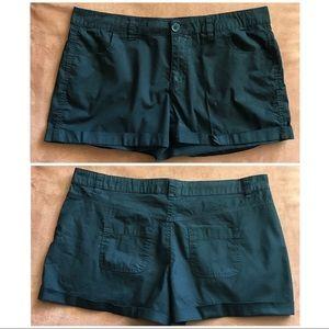 Mix & Couple. Black Shorts